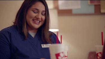 Chick-fil-A TV Spot, 'La enfermera Jessica' [Spanish] - Thumbnail 8