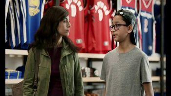 American Express TV Spot, 'Jersey Assurance' Featuring Shaquille O'Neal - Thumbnail 2