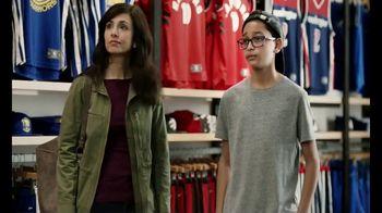 American Express TV Spot, 'Jersey Assurance' Featuring Shaquille O'Neal - Thumbnail 3