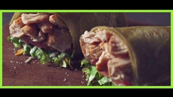 Subway Signature Wraps TV Spot, 'Comer a besos' [Spanish] - Thumbnail 6