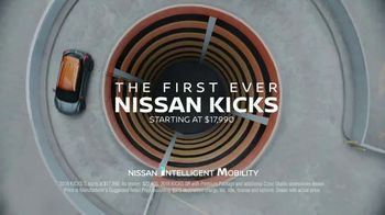 Nissan Kicks TV Spot, 'Flex Your Tech' Song by Louis the Child, K.Flay - Thumbnail 9