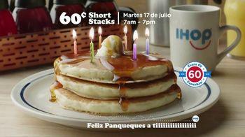 IHOP 60 Cent Short Stacks TV Spot, 'Feliz panqueues' [Spanish] - Thumbnail 4