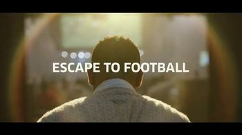 Buffalo Wild Wings $5 Gameday Menu TV Spot, 'Escape to Football: Principal' - Thumbnail 8