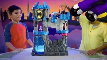Imaginext Wayne Manor Batcave TV Spot, 'Help Batman Save Wayne Manor From the Joker!' - Thumbnail 2