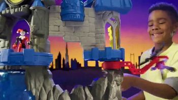 Imaginext Wayne Manor Batcave TV Spot, 'Help Batman Save Wayne Manor From the Joker!'