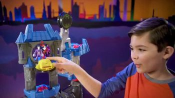 Imaginext Wayne Manor Batcave TV Spot, 'Help Batman Save Wayne Manor From the Joker!' - Thumbnail 5