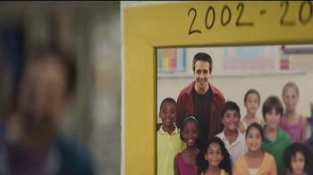 American Express TV Spot, 'El futuro' con Lin-Manuel Miranda [Spanish] - Thumbnail 3