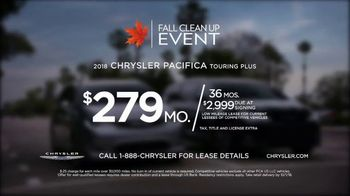 Chrysler Fall Clean Up Event TV Spot, 'Shallow Thoughts: Burger' Song by Gary Wright, Featuring Kathryn Hahn [T2] - Thumbnail 9