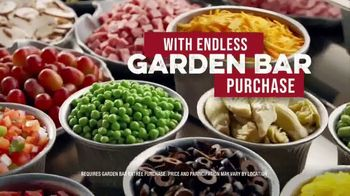 Ruby Tuesday $3 Entrées TV Spot, 'Garden Bar Purchase' Featuring Rachel Dratch - Thumbnail 6