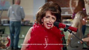 Ruby Tuesday $3 Entrées TV Spot, 'Garden Bar Purchase' Featuring Rachel Dratch - Thumbnail 7