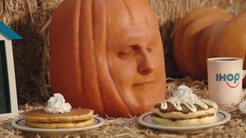 IHOP Fall Pancakes TV Spot, 'Calabaza' - Thumbnail 5