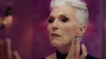 CoverGirl + Olay Simply Ageless Foundation TV Spot, '¿A qué edad?' con Maye Musk [Spanish] - Thumbnail 2
