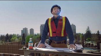 Vicks DayQuil Severe VapoCOOL  TV Spot, 'Coro de construcción' [Spanish] - Thumbnail 7