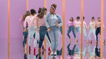 Old Navy Rockstar TV Spot, 'Any Size' Song by Janelle Monáe - Thumbnail 9