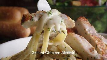Olive Garden Never Ending Pasta Bowl TV Spot, '100 combinaciones' [Spanish] - Thumbnail 6