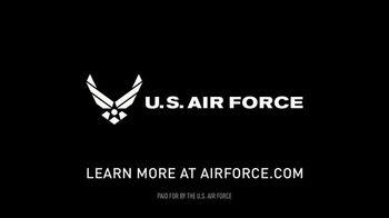 US Air Force TV Spot, 'Ask an Airman' - Thumbnail 10