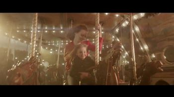 Louis Vuitton Attrape-Rêves TV Spot, 'Les Parfums' Feat. Emma Stone, Song by Beyonce - Thumbnail 5