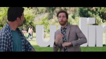 Verizon Unlimited TV Spot, 'BBQ Jams' Featuring Thomas Middleditch - Thumbnail 2