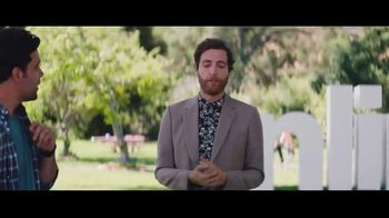Verizon Unlimited TV Spot, 'BBQ Jams' Featuring Thomas Middleditch - Thumbnail 3