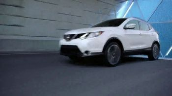 2018 Nissan Rogue TV Spot, 'Cheat Code' [T2] - Thumbnail 4