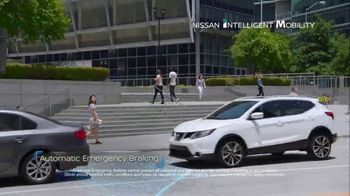 2018 Nissan Rogue TV Spot, 'Cheat Code' [T2] - Thumbnail 5