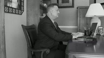 Air Space Desk TV Spot, 'Portable' - Thumbnail 1