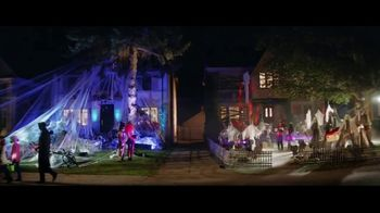 Party City TV Spot, 'Halloween: May the Best House Win' - Thumbnail 5