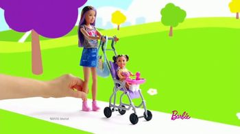 Barbie Skipper Babysitter Inc Stroller and Potty Training Playsets TV Spot, 'Stroll to the Park'