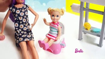 Barbie Skipper Babysitter Inc Stroller and Potty Training Playsets TV Spot, 'Stroll to the Park' - Thumbnail 4