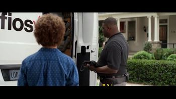 Fios by Verizon TV Spot, 'Fiber Fan' Featuring Gaten Matarazzo - Thumbnail 5