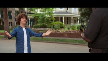 Fios by Verizon TV Spot, 'Fiber Fan' Featuring Gaten Matarazzo - Thumbnail 6