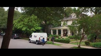 Fios by Verizon TV Spot, 'Fiber Fan' Featuring Gaten Matarazzo - Thumbnail 8