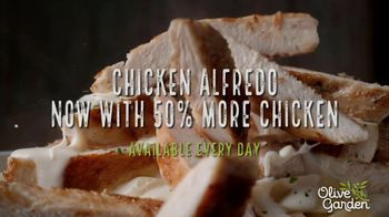Olive Garden Chicken Alfredo TV Spot, 'Now With 50 Percent More Chicken' - Thumbnail 10