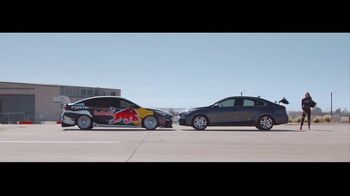 2019 Kia Forte TV Spot, 'Unruled: Chicken' Featuring Collete Davis [T1] - Thumbnail 9