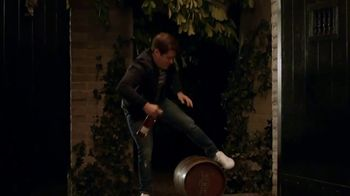 Captain Morgan TV Spot, 'Captain House Party' Featuring Adam Devine - Thumbnail 6
