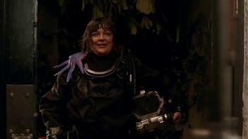 Captain Morgan TV Spot, 'House Party: Sea Creature' Featuring Adam Devine - Thumbnail 3