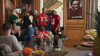 Nissan TV Spot, 'Heisman House: Pineapple' Featuring Barry Sanders, Mike Rozier, Baker Mayfield [T1] - Thumbnail 1