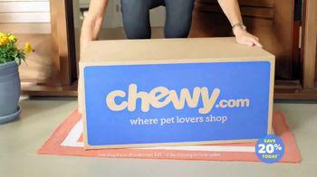 Chewy.com TV Spot, 'Single Mom' - Thumbnail 8