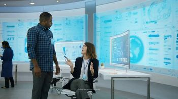 AT&T Unlimited TV Spot, 'AT&T Innovations: Clock' - Thumbnail 6