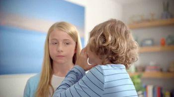 Febreze Air Effects TV Spot, 'She's Doing It Again'
