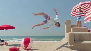 Old Navy TV Spot, 'Dig Into Summer: 60% Off' - Thumbnail 5