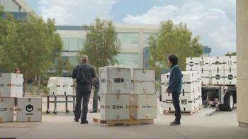 AT&T Unlimited TV Spot, 'Más de lo tuyo: entrega' [Spanish] - Thumbnail 6
