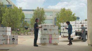 AT&T Unlimited TV Spot, 'Más de lo tuyo: entrega' [Spanish]
