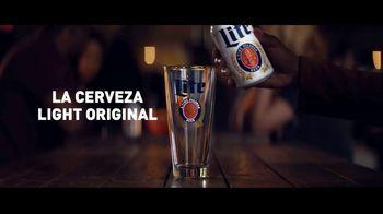 Miller Lite TV Spot, 'Reversa' [Spanish] - Thumbnail 8