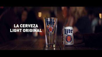 Miller Lite TV Spot, 'Reversa' [Spanish] - Thumbnail 9