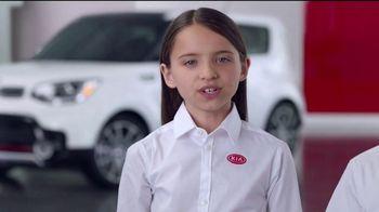 Kia America's Best Value 4th of July Event TV Spot, 'Soft Sell: Deals, Deals, Deals' [T2] - Thumbnail 3