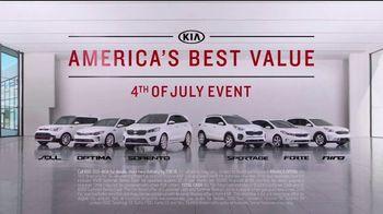 Kia America's Best Value 4th of July Event TV Spot, 'Soft Sell: Deals, Deals, Deals' [T2] - Thumbnail 8