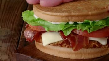Jack in the Box Spicy Chicken Club Combo TV Spot, 'Ofertas' [Spanish] - Thumbnail 3