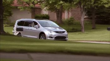 BraunAbility Pacifica TV Spot, 'Go Farther' - Thumbnail 9