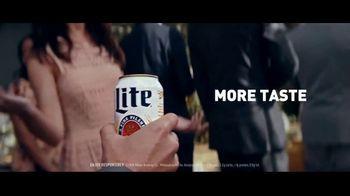 Miller Lite TV Spot, 'Wedding' Song by The Heavy - Thumbnail 3